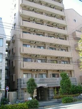 東京都新宿区、神楽坂駅徒歩7分の築15年 10階建の賃貸マンション