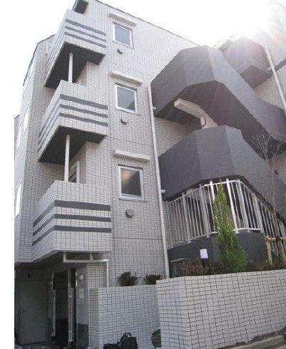東京都新宿区、早稲田駅徒歩9分の築7年 4階建の賃貸マンション