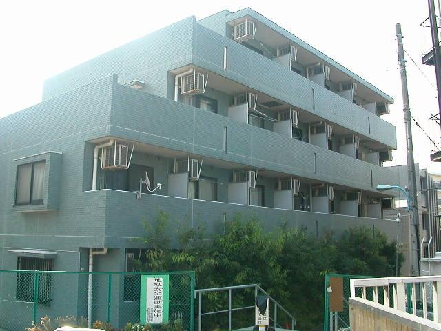 東京都新宿区、高田馬場駅徒歩11分の築20年 4階建の賃貸マンション