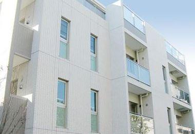 東京都新宿区、牛込柳町駅徒歩6分の築10年 5階建の賃貸マンション