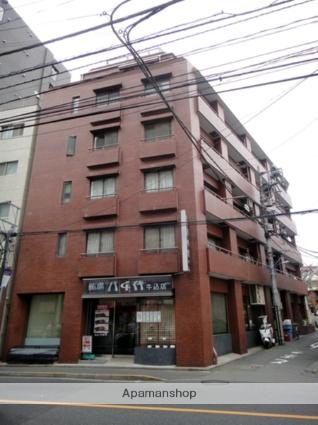 東京都新宿区、若松河田駅徒歩11分の築38年 6階建の賃貸マンション