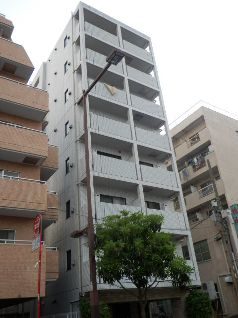 東京都新宿区、東新宿駅徒歩8分の築10年 8階建の賃貸マンション