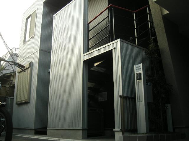 東京都新宿区、新宿駅徒歩18分の築10年 2階建の賃貸アパート