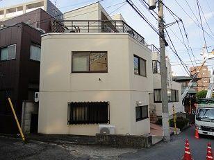 東京都新宿区、四ツ谷駅徒歩12分の築33年 3階建の賃貸マンション