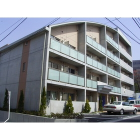 東京都新宿区、神楽坂駅徒歩13分の築16年 5階建の賃貸マンション