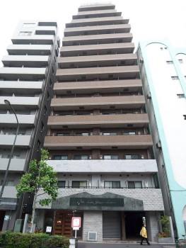 東京都新宿区、四谷三丁目駅徒歩2分の築13年 14階建の賃貸マンション
