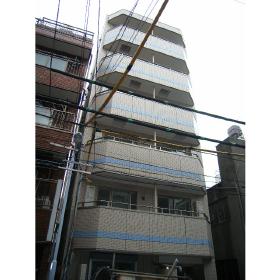 東京都台東区、鶯谷駅徒歩9分の築8年 6階建の賃貸マンション