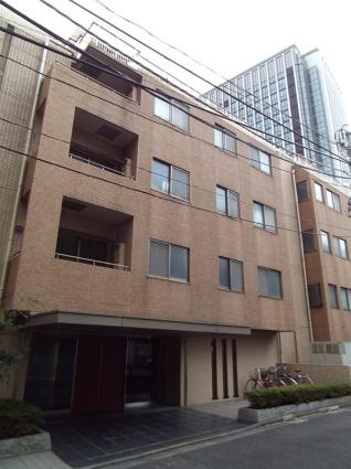 東京都千代田区、麹町駅徒歩8分の築15年 5階建の賃貸マンション
