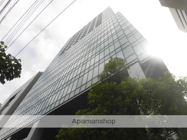 東京都港区、品川駅徒歩7分の築10年 20階建の賃貸マンション