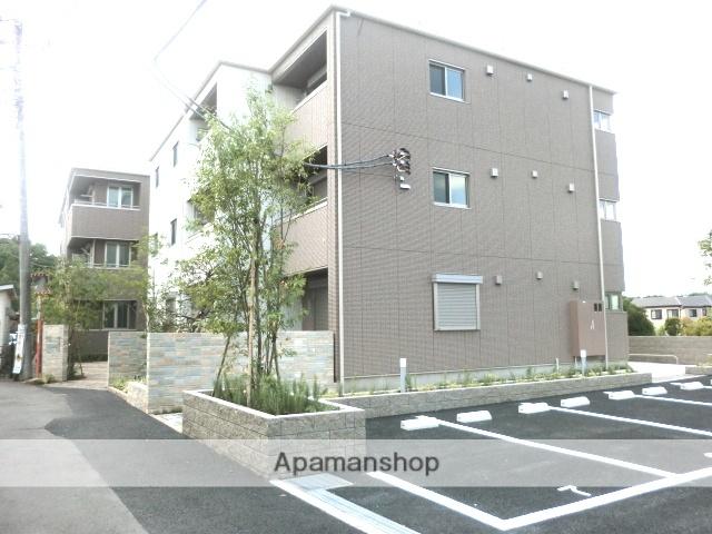 東京都国立市、谷保駅徒歩11分の築4年 3階建の賃貸マンション