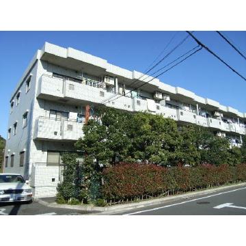 東京都練馬区、大泉学園駅徒歩16分の築23年 3階建の賃貸マンション