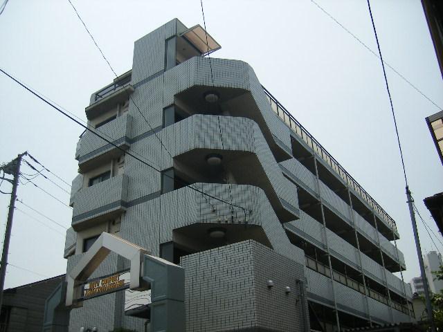東京都北区、尾久駅徒歩10分の築26年 6階建の賃貸マンション