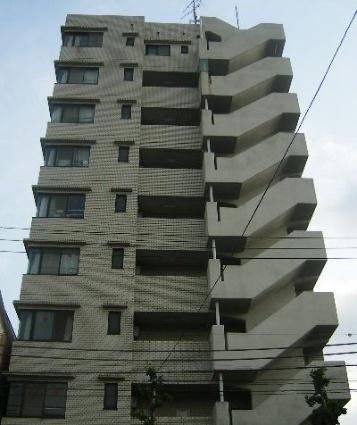 東京都北区、駒込駅徒歩8分の築28年 10階建の賃貸マンション