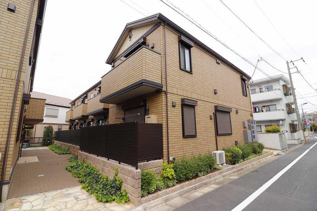 東京都練馬区、中村橋駅徒歩13分の築4年 2階建の賃貸アパート