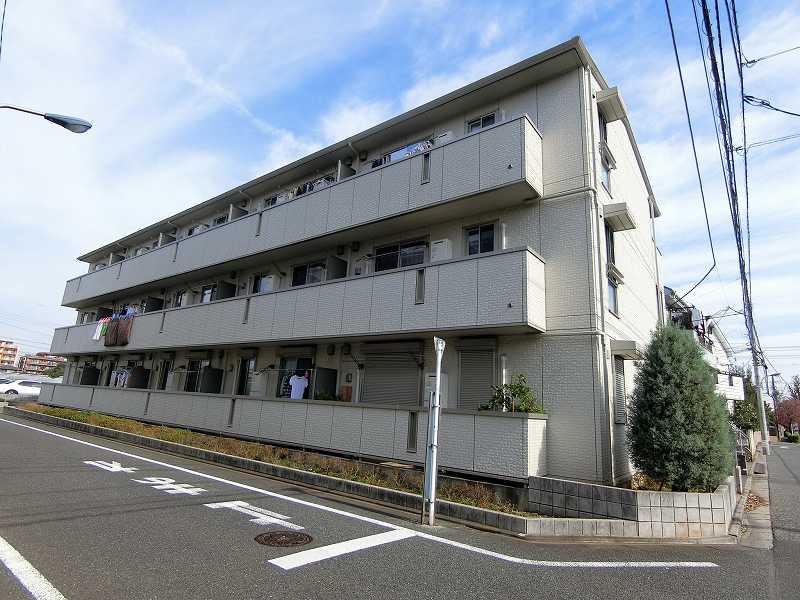 東京都練馬区、平和台駅徒歩26分の築9年 3階建の賃貸アパート