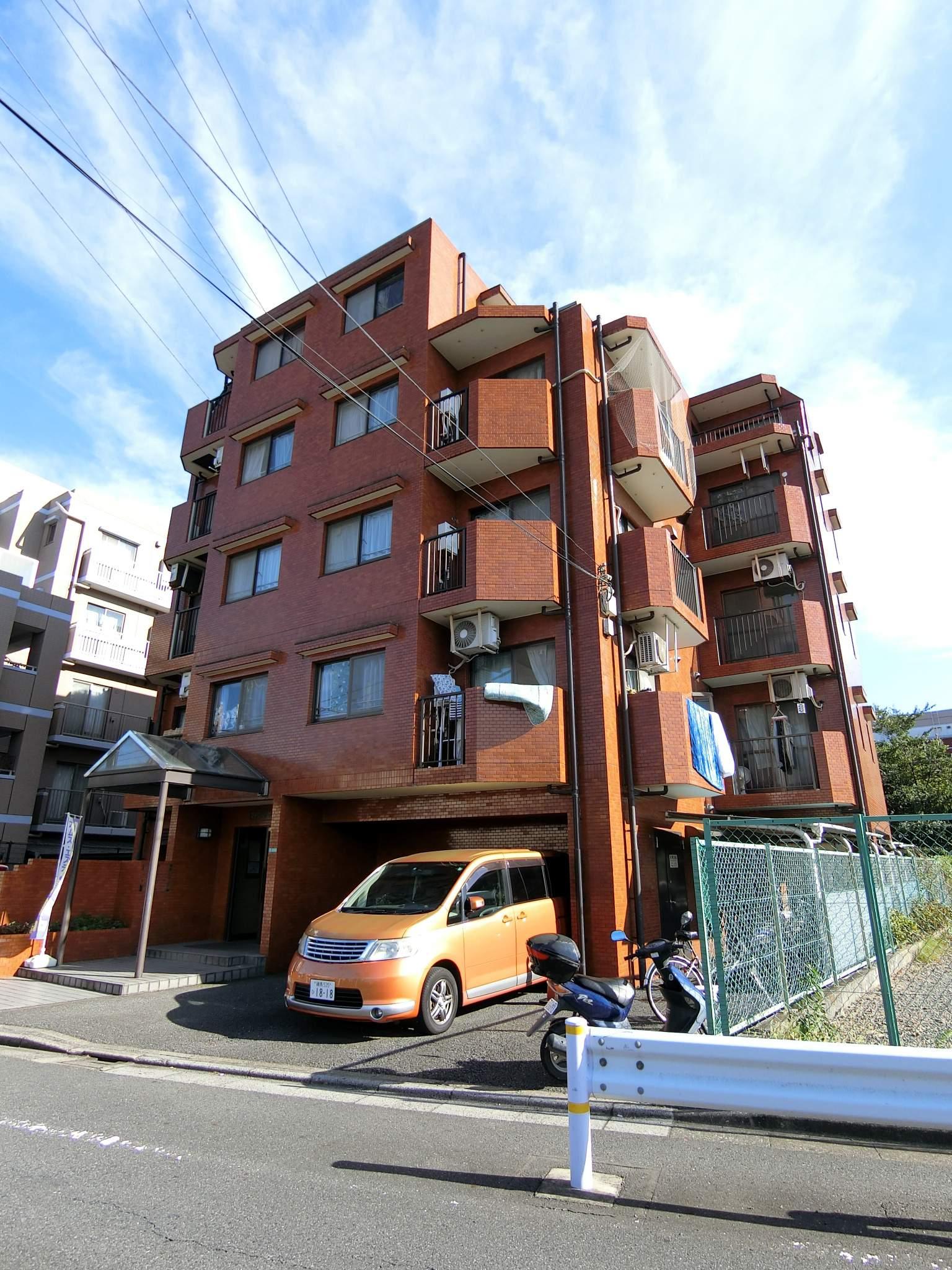 東京都練馬区、練馬高野台駅徒歩17分の築27年 5階建の賃貸マンション