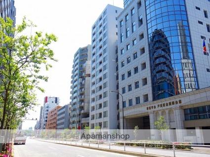 東京都新宿区、信濃町駅徒歩8分の築14年 15階建の賃貸マンション