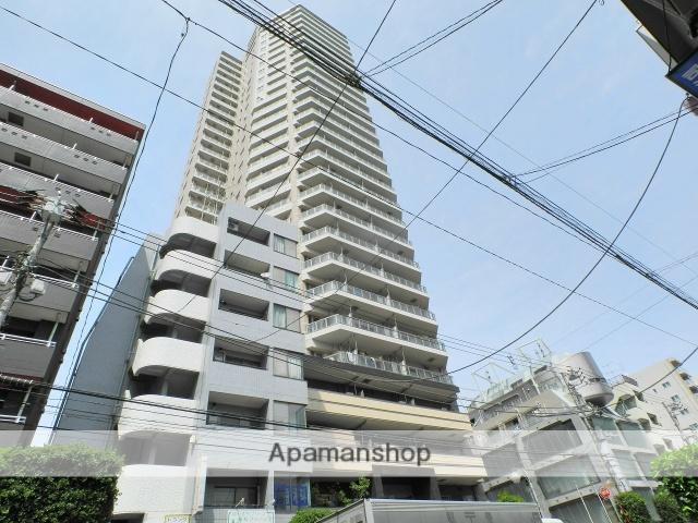 東京都新宿区、早稲田駅徒歩10分の築8年 30階建の賃貸マンション