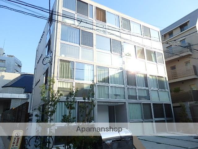東京都新宿区、四谷三丁目駅徒歩9分の築1年 4階建の賃貸マンション
