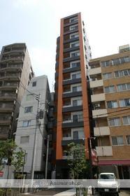 東京都新宿区、東新宿駅徒歩7分の築11年 13階建の賃貸マンション