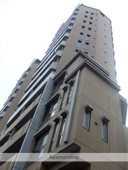東京都港区、表参道駅徒歩13分の築13年 15階建の賃貸マンション