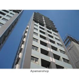 東京都港区、六本木駅徒歩5分の築12年 14階建の賃貸マンション