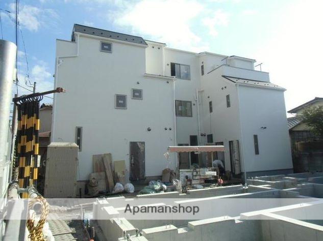 東京都三鷹市、三鷹駅バス9分西ヶ原下車後徒歩3分の新築 3階建の賃貸アパート