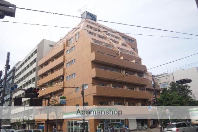東京都三鷹市、吉祥寺駅徒歩27分の築33年 9階建の賃貸マンション
