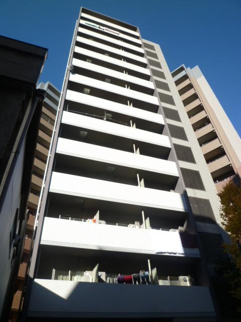 東京都台東区、鶯谷駅徒歩7分の築9年 14階建の賃貸マンション