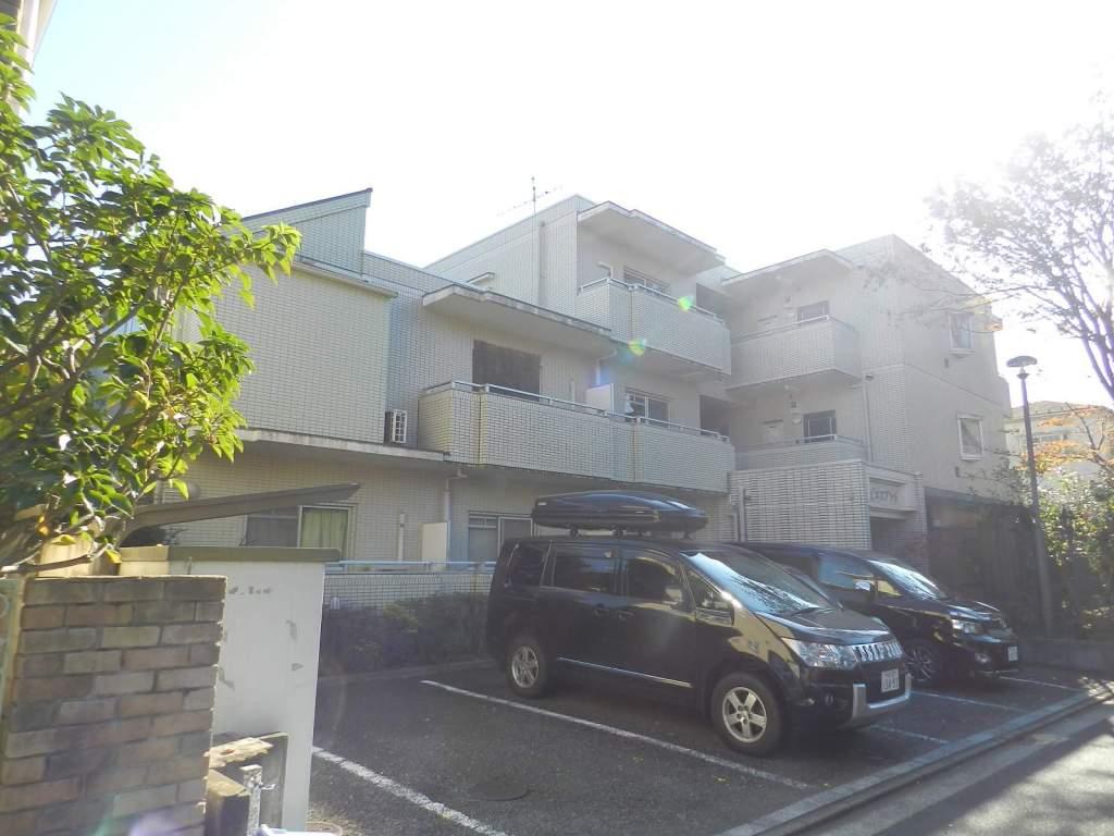 東京都武蔵野市、吉祥寺駅徒歩7分の築27年 3階建の賃貸マンション