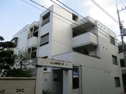東京都国分寺市、西国分寺駅徒歩26分の築30年 4階建の賃貸マンション