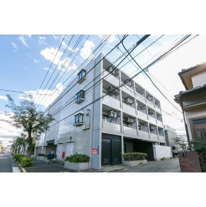 東京都小金井市、武蔵小金井駅徒歩16分の築26年 4階建の賃貸マンション