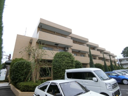 東京都小金井市、武蔵小金井駅徒歩21分の築33年 3階建の賃貸マンション