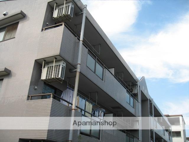 東京都三鷹市、三鷹駅徒歩22分の築20年 3階建の賃貸マンション
