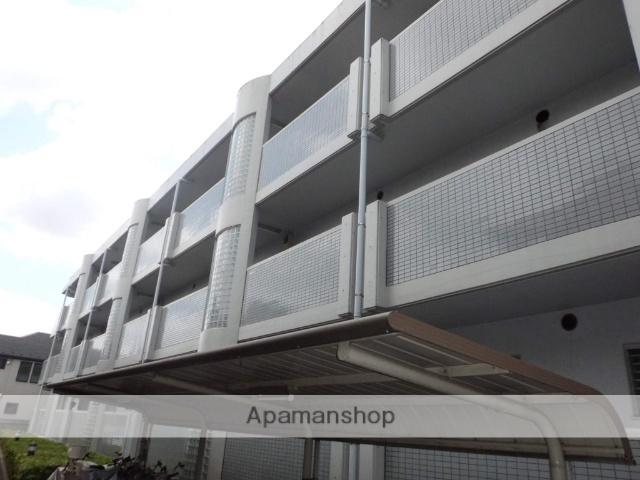 東京都三鷹市、武蔵境駅徒歩20分の築24年 3階建の賃貸マンション