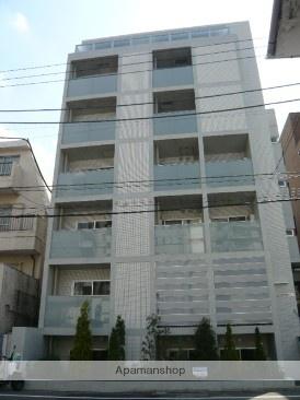 東京都新宿区、四ツ谷駅徒歩10分の築8年 6階建の賃貸マンション