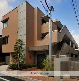 東京都新宿区、信濃町駅徒歩10分の築8年 3階建の賃貸マンション