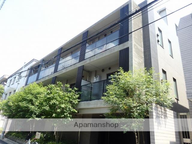 東京都新宿区、市ケ谷駅徒歩10分の築7年 5階建の賃貸マンション