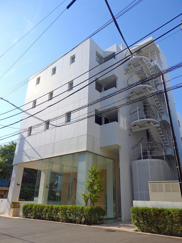 東京都新宿区、若松河田駅徒歩13分の築8年 7階建の賃貸マンション