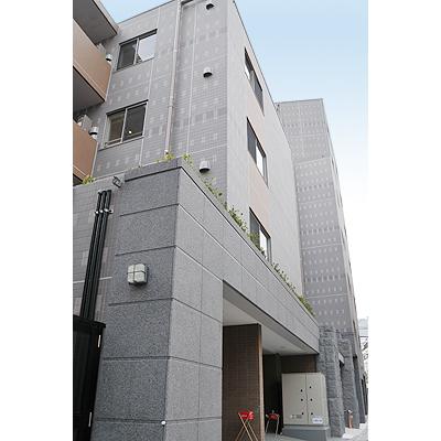東京都新宿区、四ツ谷駅徒歩12分の築8年 7階建の賃貸マンション