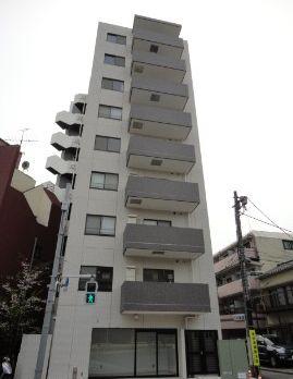 東京都新宿区、四谷三丁目駅徒歩12分の築8年 9階建の賃貸マンション