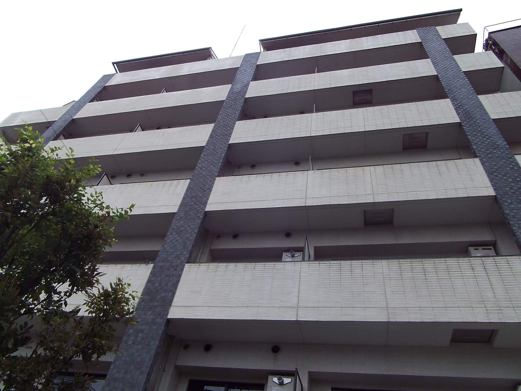 東京都新宿区、早稲田駅徒歩2分の築10年 7階建の賃貸マンション