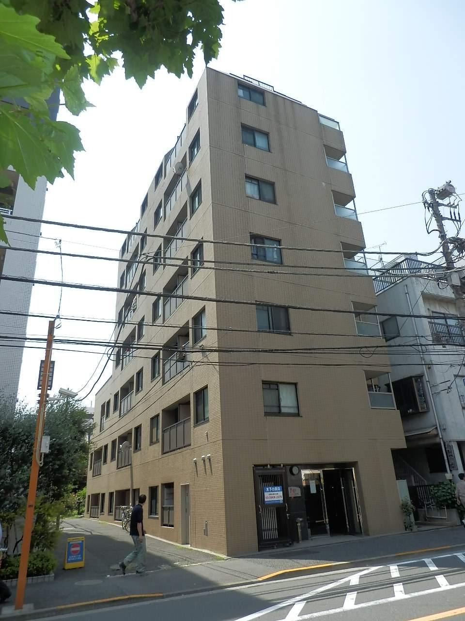 東京都新宿区、神楽坂駅徒歩11分の築18年 8階建の賃貸マンション