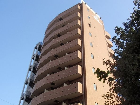 東京都新宿区、四谷三丁目駅徒歩9分の築12年 12階建の賃貸マンション