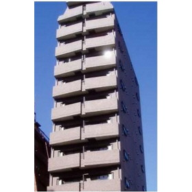 東京都新宿区、四谷三丁目駅徒歩9分の築15年 13階建の賃貸マンション