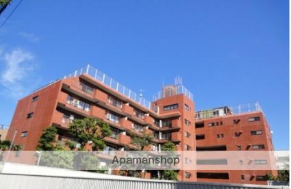 東京都新宿区、信濃町駅徒歩11分の築38年 7階建の賃貸マンション