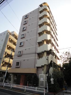 東京都新宿区、若松河田駅徒歩5分の築12年 9階建の賃貸マンション