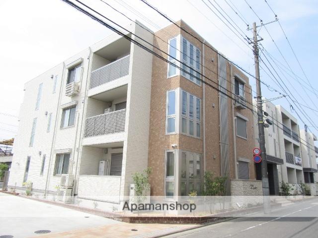 東京都福生市、牛浜駅徒歩22分の新築 3階建の賃貸アパート