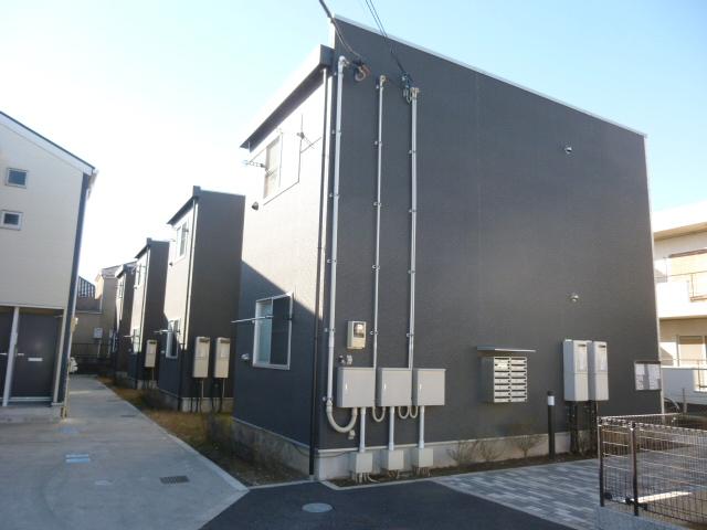 東京都調布市、西調布駅徒歩13分の築5年 2階建の賃貸アパート