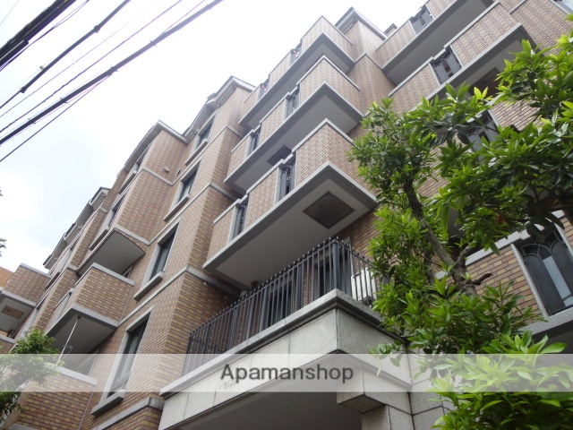 東京都世田谷区、世田谷駅徒歩13分の築26年 5階建の賃貸マンション